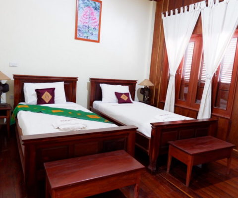 Find an Hotel for Laos trip